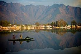 03 nights / 04 Days Kashmir Package,Best Kashmir Tour Package,Srinagar-Gulmarg Tour Package,03 nights / 04 Days Srinagar-Gulmarg Tour Package, Best Srinagar Tour package